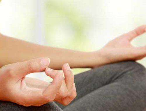 Meditation hilft gegen Stress.